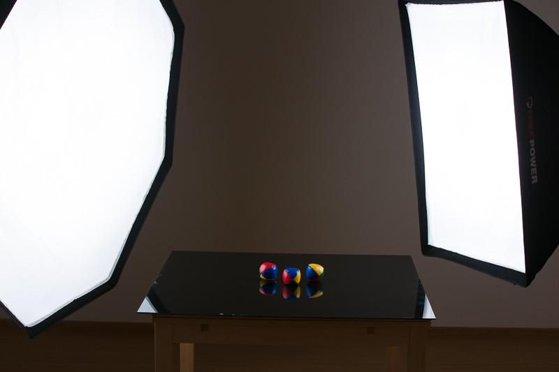 Připravená scéna s černým sklem.