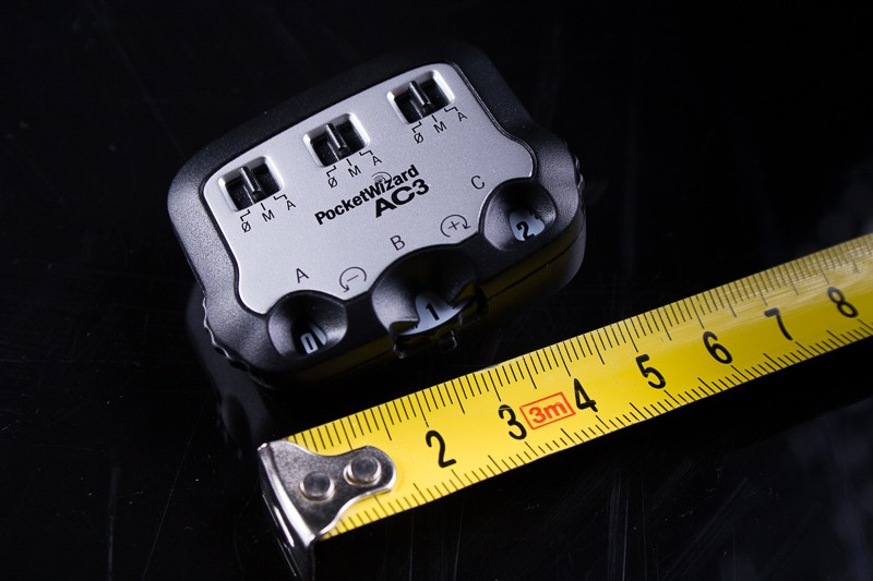 PocketWizard AC3 Zone Controller – malá součástka, která řídí celý systém blesků.