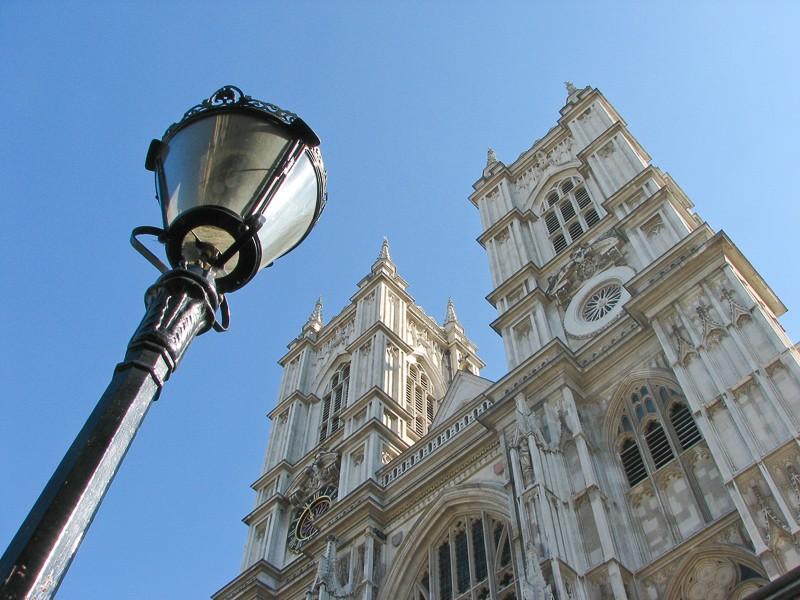 Westminster Abbey s pouliční lampou.